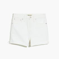 White Shorts2